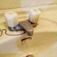洗面水栓修理
