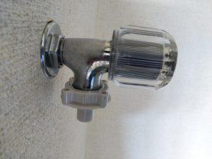 洗濯水栓修理