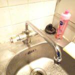 台所水栓根本水漏れ修理