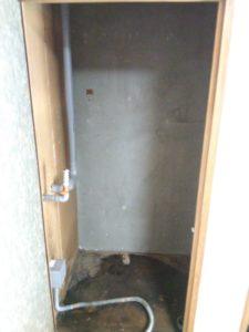 室内電気温水器 撤去後