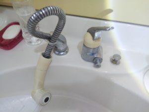 洗面シャワー水栓水漏れ